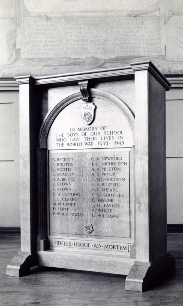 Heanor memorial P0336 lores