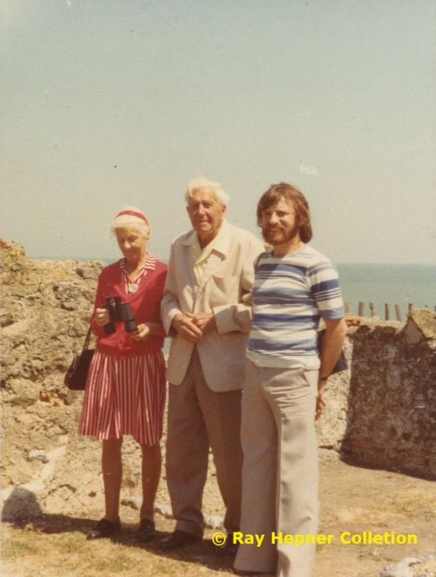 Wallises+Hepner1976 lores
